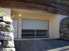 Entrance to the garages Nov07 - Compressed